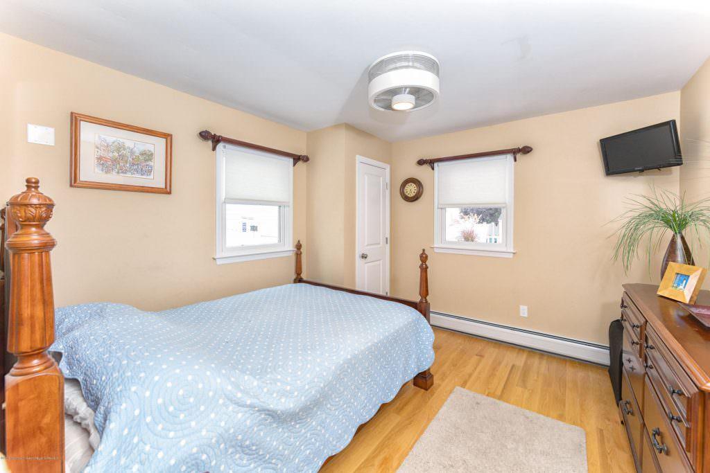 403 Richard Ave Point Pleasant Beach NJ 08742  21929297