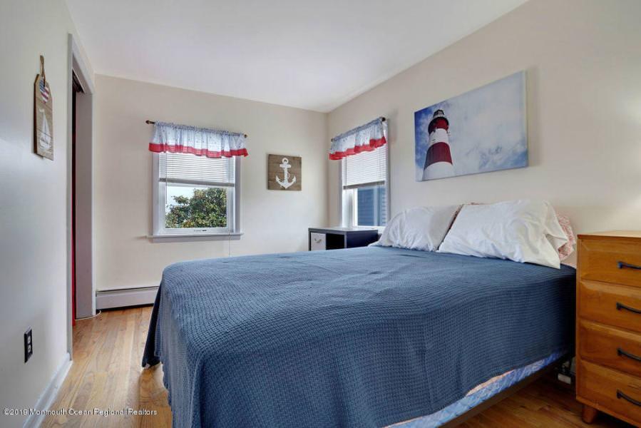 32 Central Ave B, Point Pleasant Beach, NJ  21914095