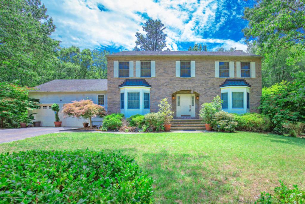 8 Abbey Rd, Jackson, NJ  21928205