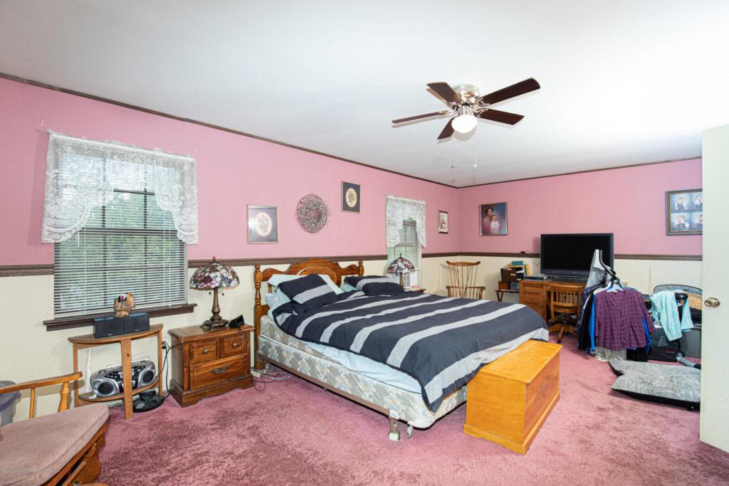 348 19th Ave Brick NJ 08724  21934659